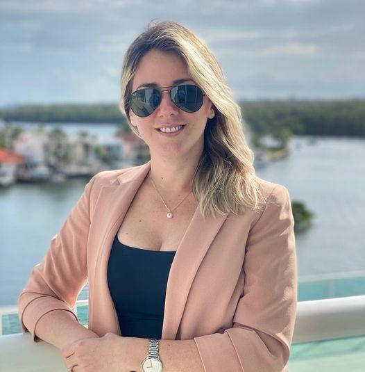 Sonia Salazar, Broker and President of Rebonus Brokerage LLC Designated REALTOR® REBONUS Luxury Real Estate & Homes for Sale in Miami , Miami Beach & South Florida